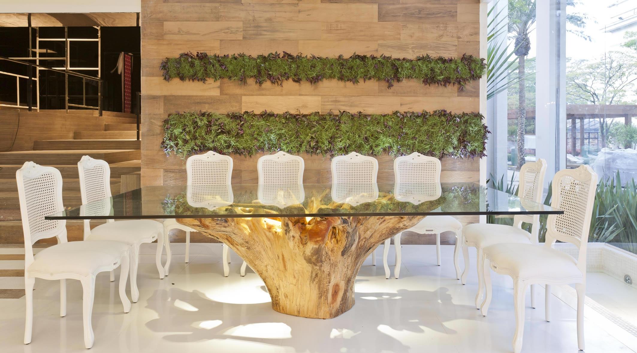Mesa com tampo de vidro temperado de 15 milimetro